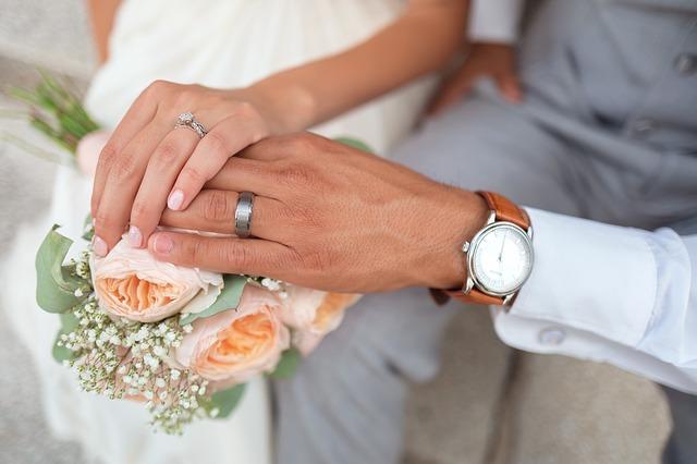 Kredyt dla młodych małżeństw? Gdzie znajdziemy najlepszą ofertę?