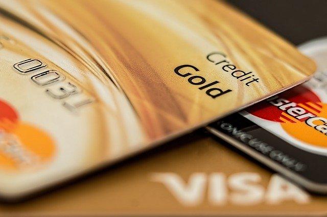 Karta kredytowa – jak dostać kartę kredytową?